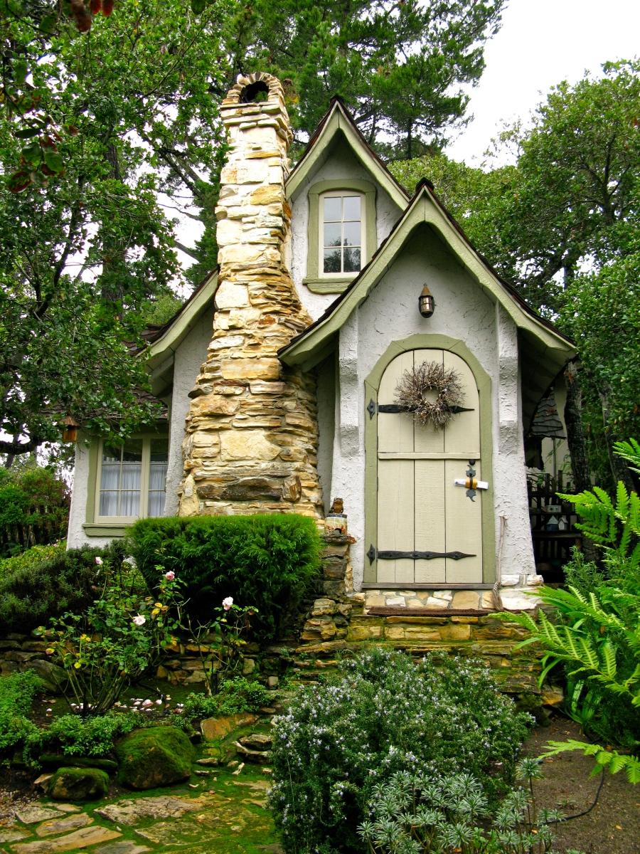 Carmel House And Garden Tour