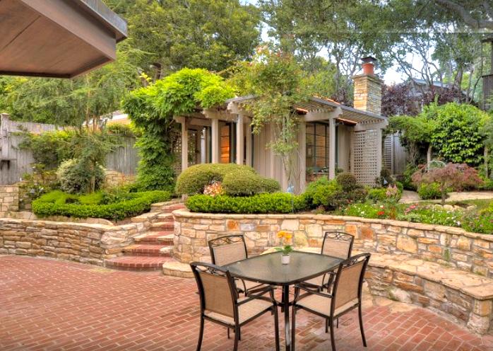 backyard cottage copy