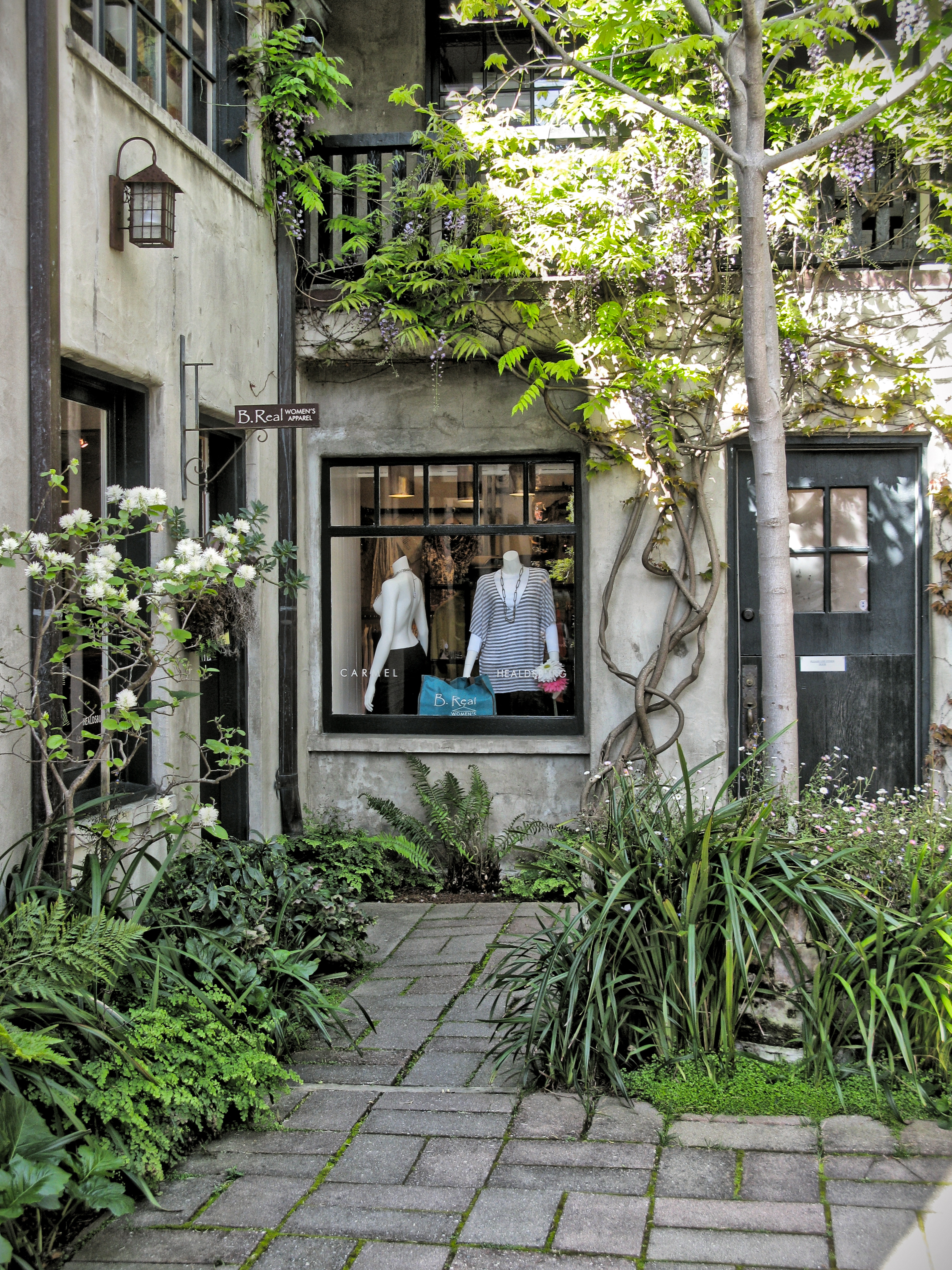 SEVEN ARTS COURT ONE OF CARMELS HIDDEN COURTYARDS Once Upon A TimeTales From Carmel By The Sea