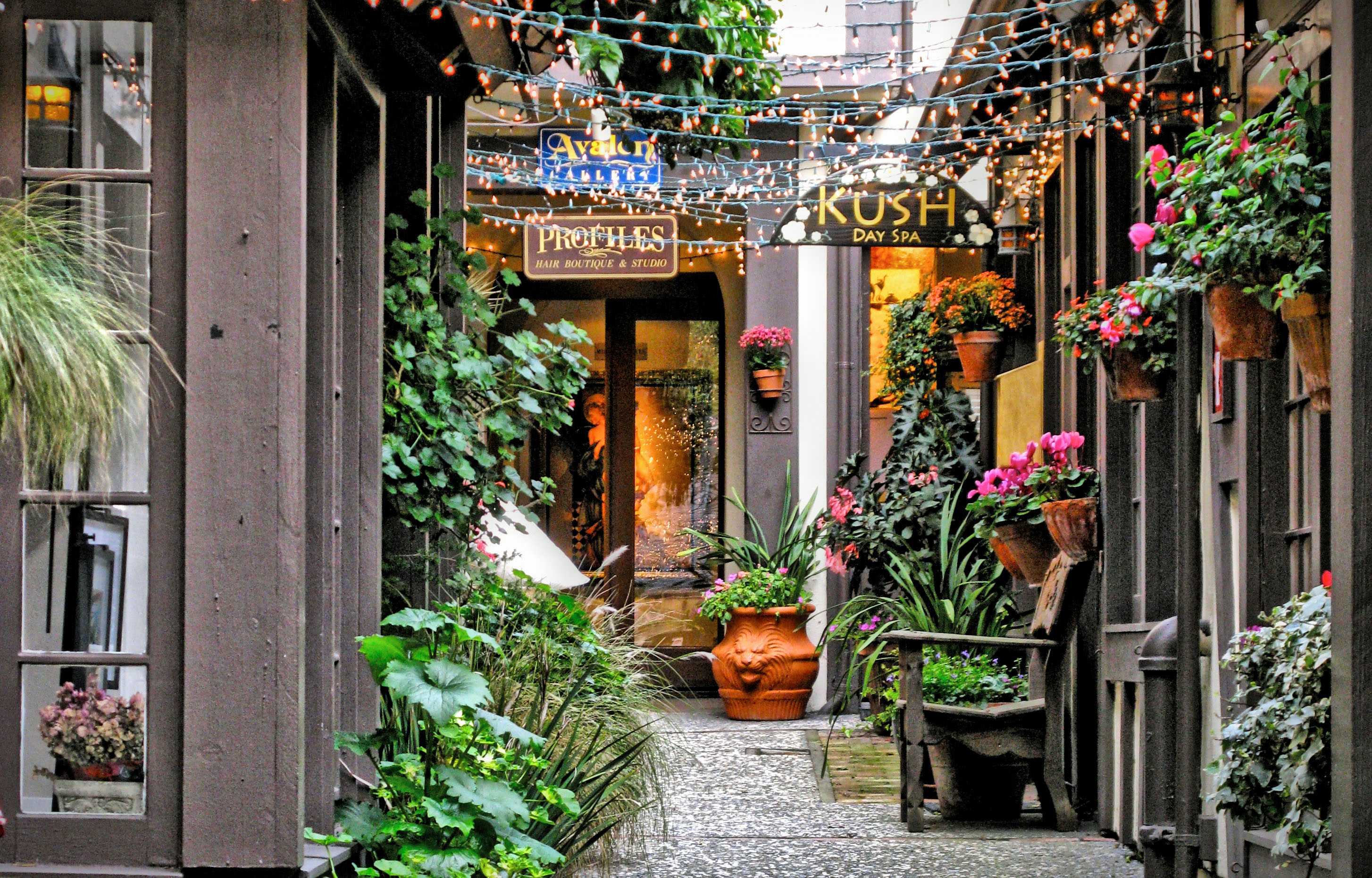 MORGAN COURT - ONE OF CARMEL'S HIDDEN COURTYARDS | Once ...