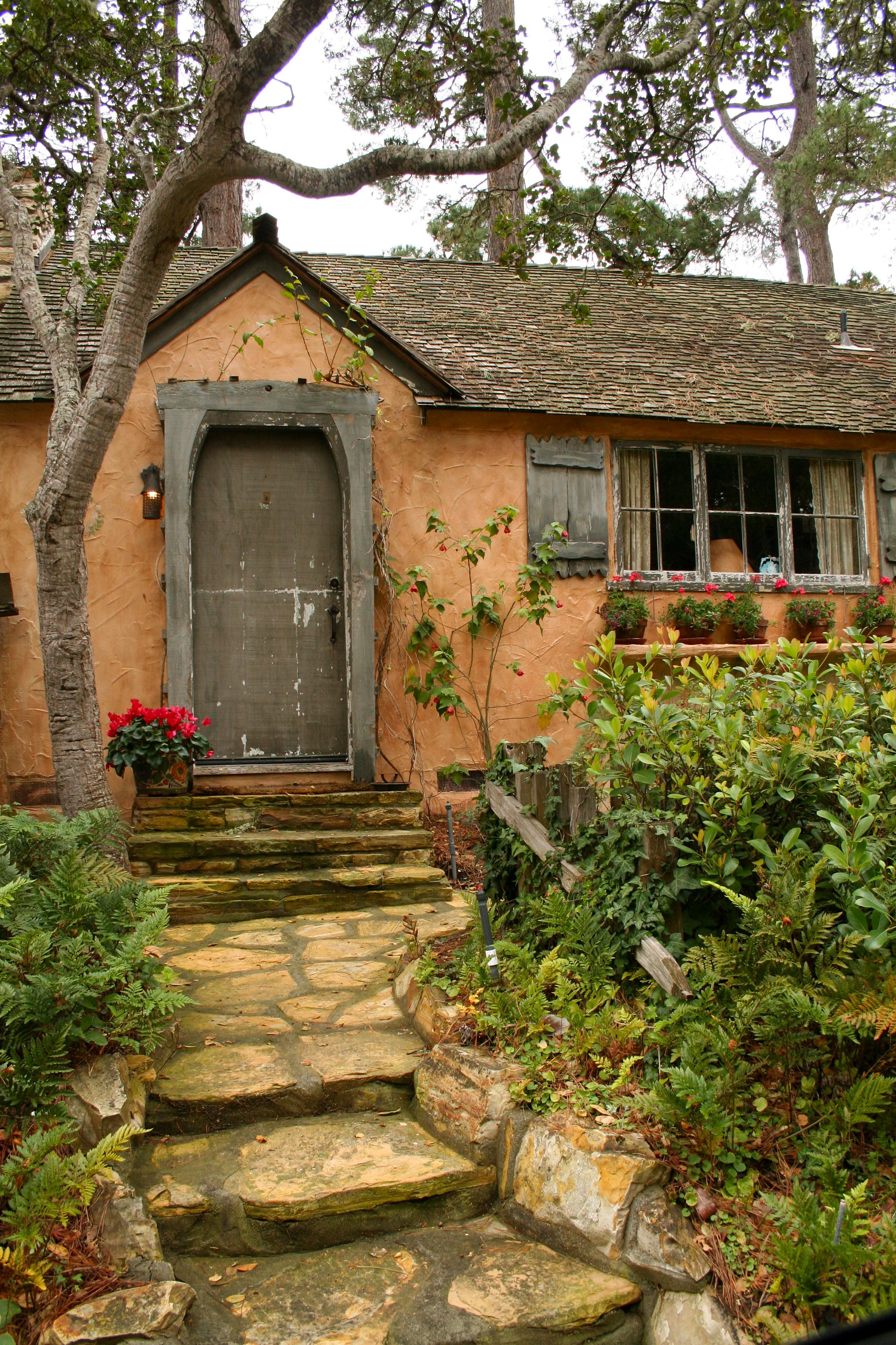 Sunwise turn a hugh comstock fairytale cottage in carmel for Carmel house