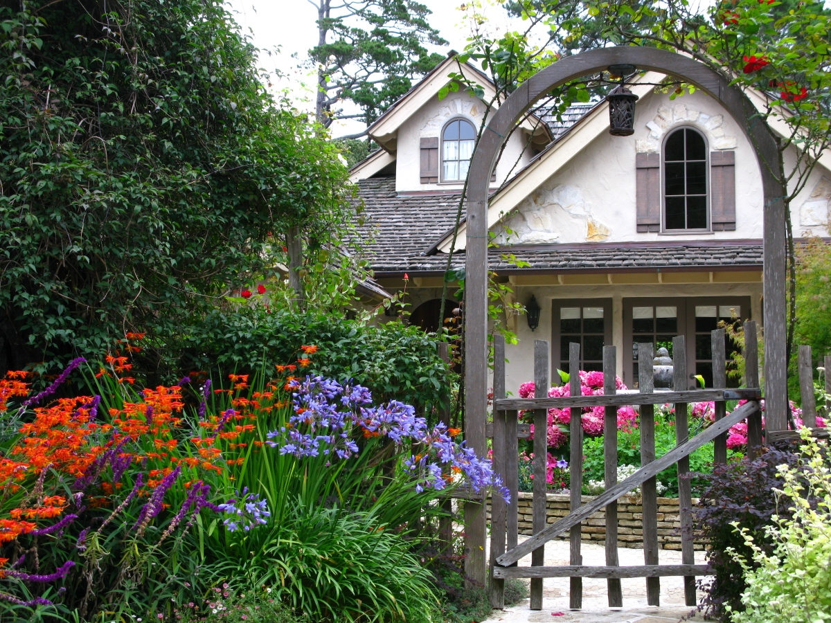 carmel s cottage gardens it s finally time to shop for flowers once upon a time tales from. Black Bedroom Furniture Sets. Home Design Ideas