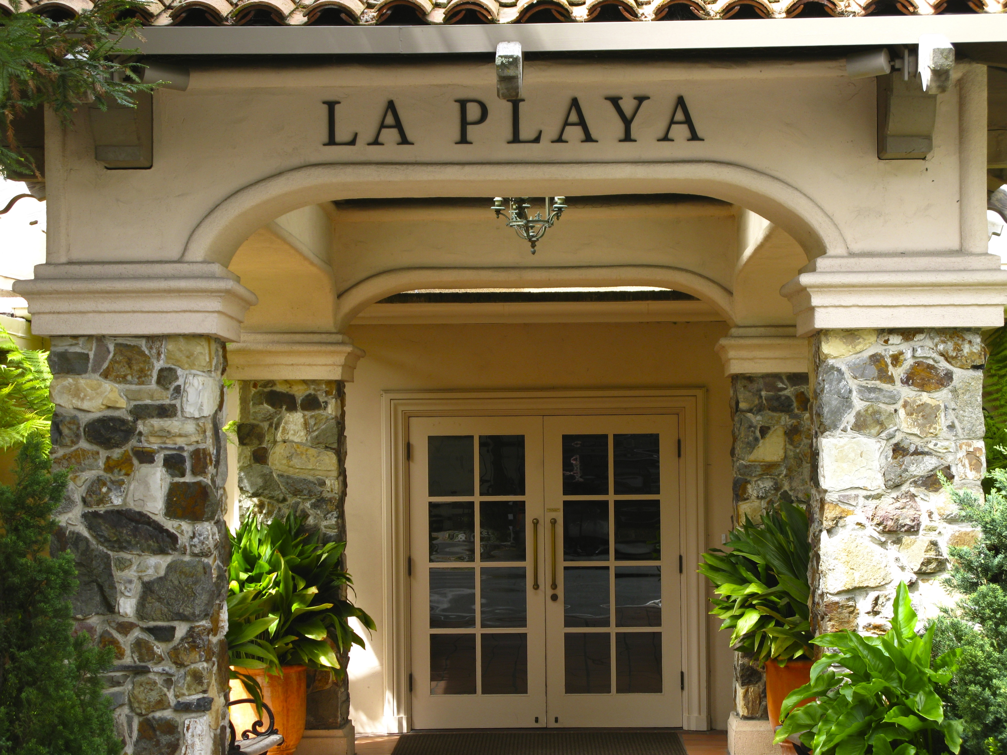 DINING AL FRESCO IN CARMEL | Once upon a time..Tales from Carmel by ...