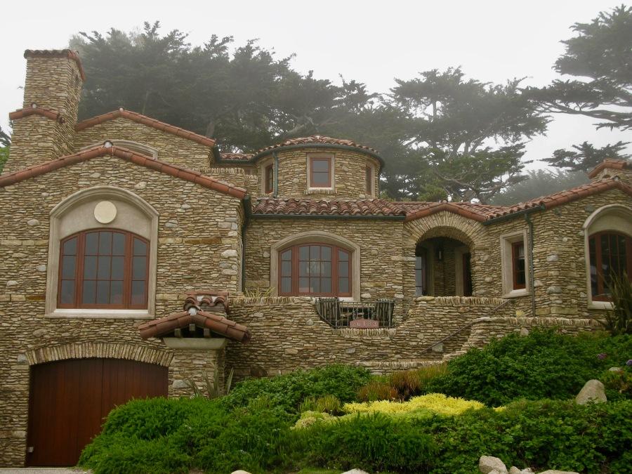 house on Scenic